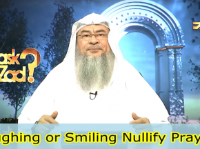 Does Laughing or Smiling nullify your Prayer?