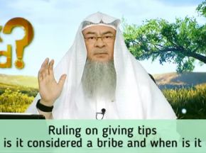 Ruling on giving tips, when is it considered a bribe & when is it ok?